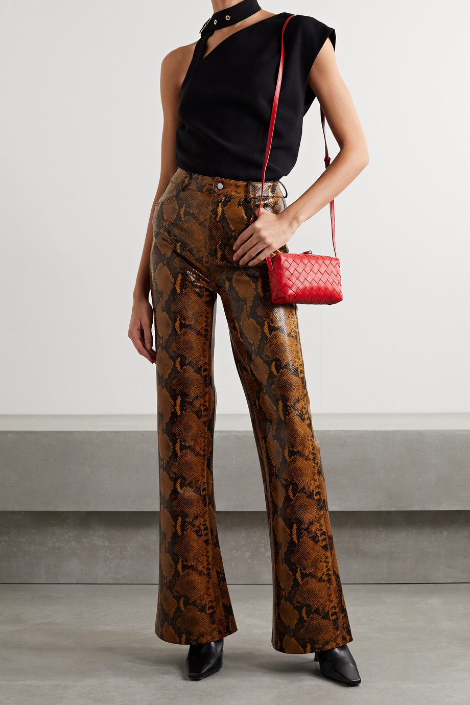 GAUGE81 Chipata snake-effect faux leather flared pants