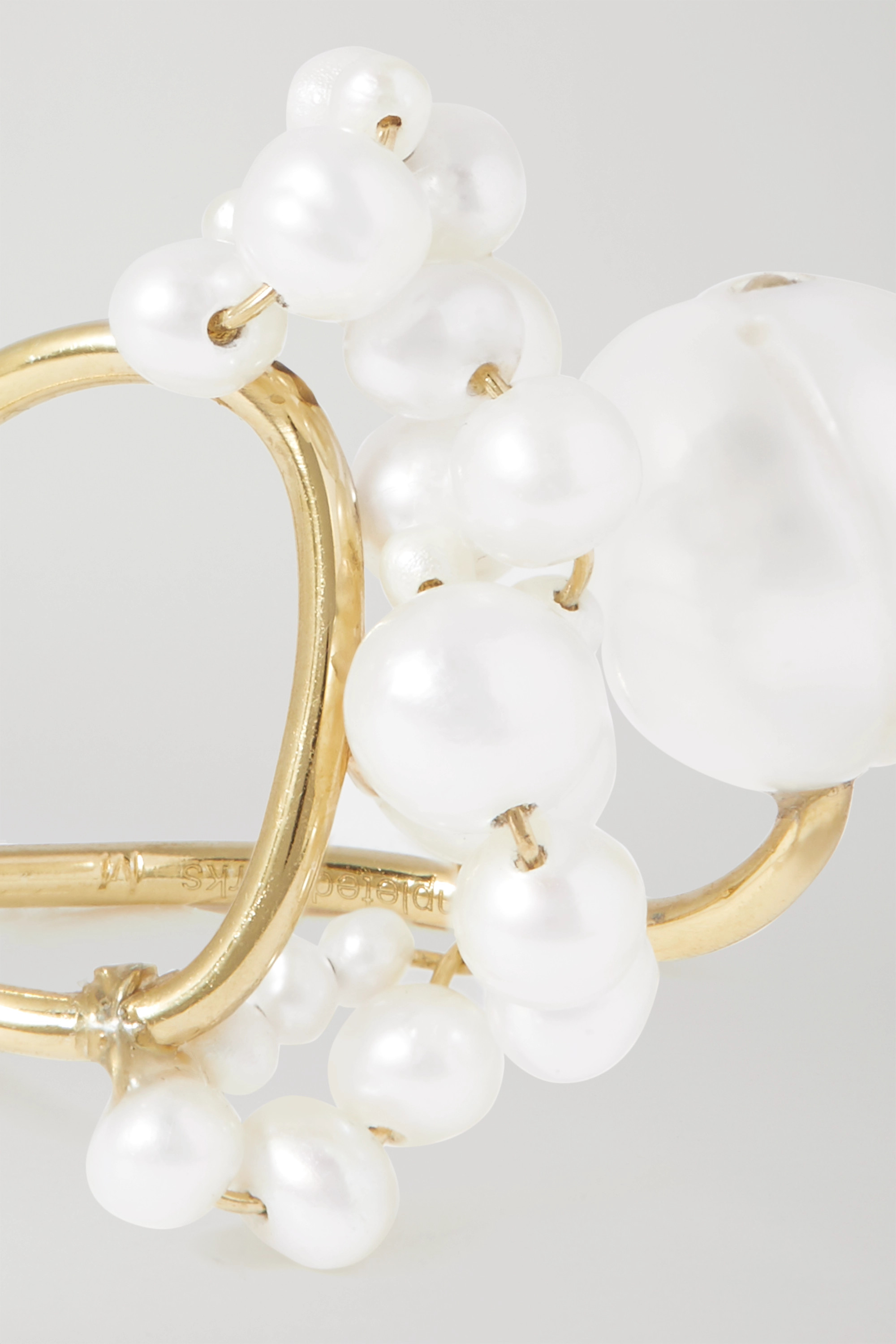 COMPLETEDWORKS Speaking to the Penguins gold vermeil pearl ring