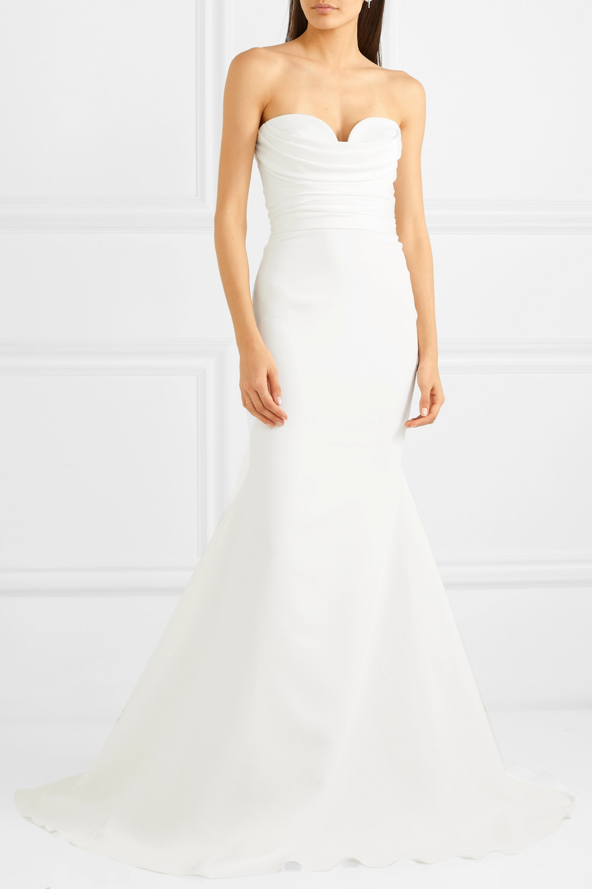 ALEX PERRY Laura strapless crepe gown
