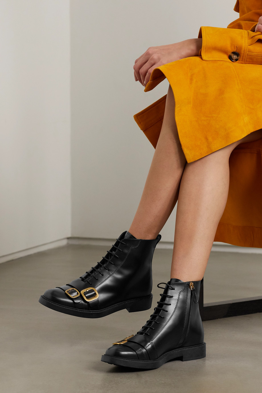 Tod's Buckle leather ankle boots