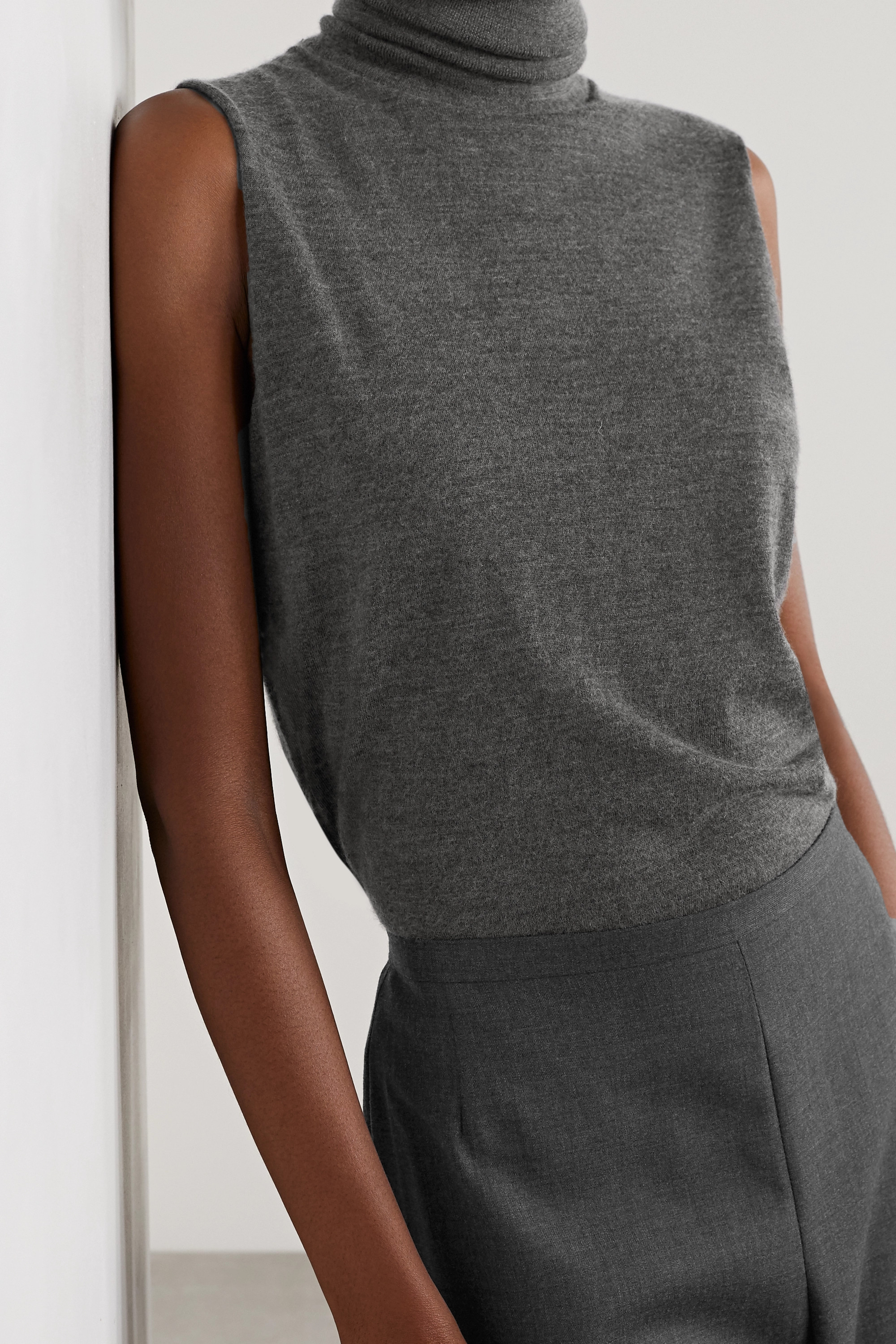 THE ROW Becca cashmere and silk-blend turtleneck top