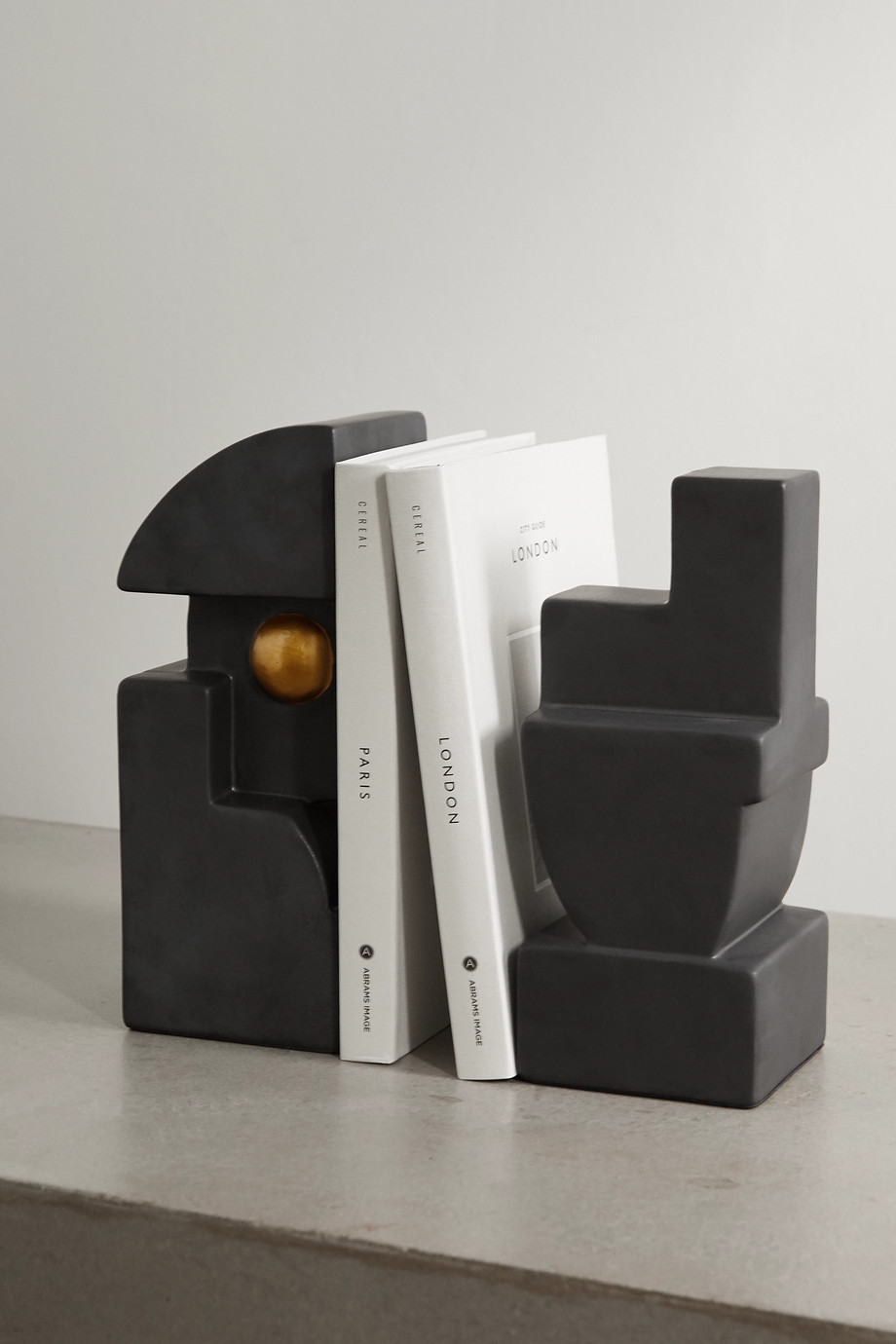 L'OBJET Cubisme Two earthenware bookend